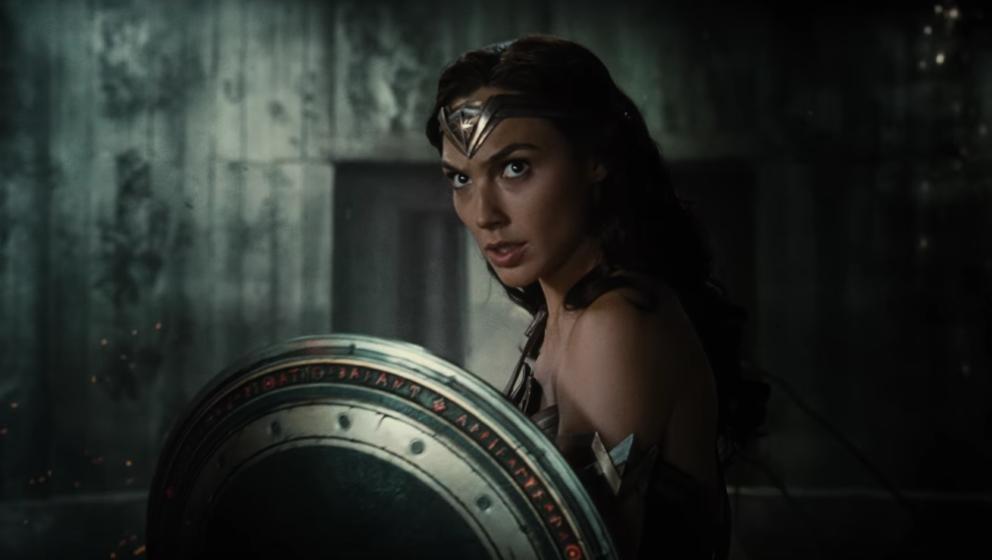 """Gal Gadot wird als """"Wonder Woman"""" 2017 gleich in zwei Filmen zu sehen sein."""
