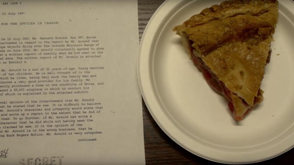 Auch im Buch-Trailer: Ein Stück Cherry Pie, vermutlich aus dem Double R Diner