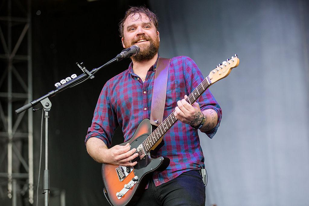 Scott Hutchison beim Lollapalooza-Auftritt von Frightened-Rabbit am Freitag in Chicago