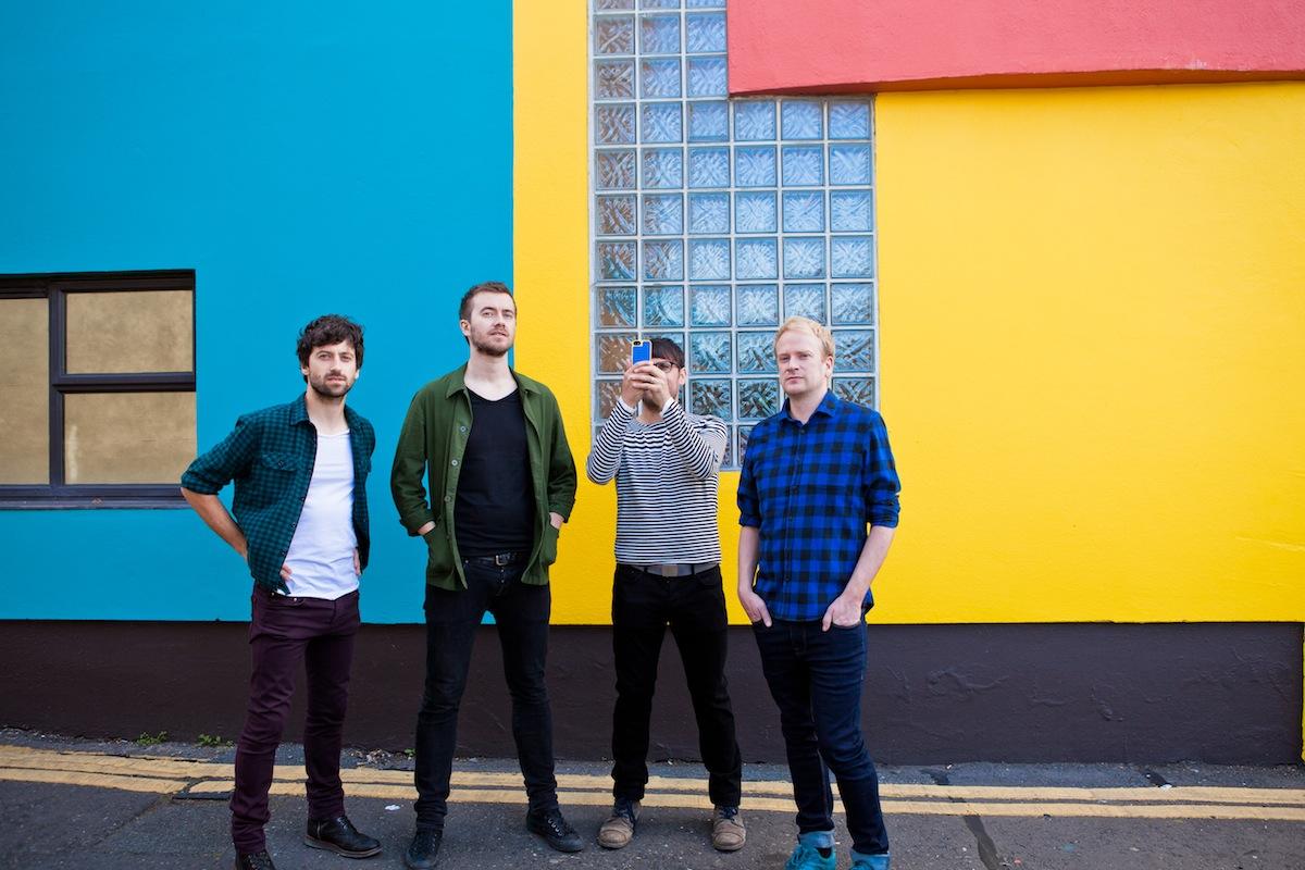 Die Delorentos veröffentlichen demnächst ihr sechstes Album NIGHT BECOMES LIGHT.