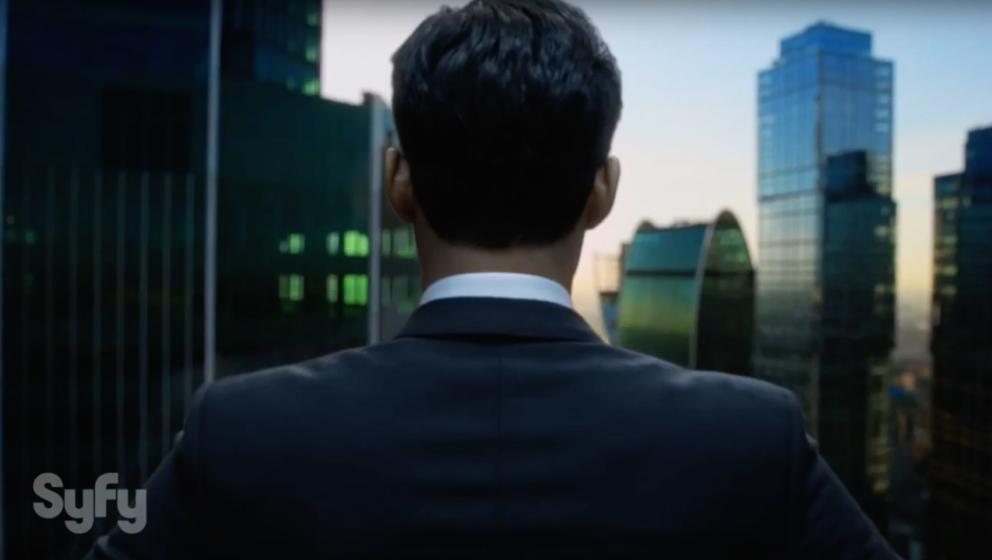 Sean Teale spielt den Geschäftsmann Ben, der sich das Ziel gesetzt hat, das kapitalistische Machtgefüge zu zerstören.