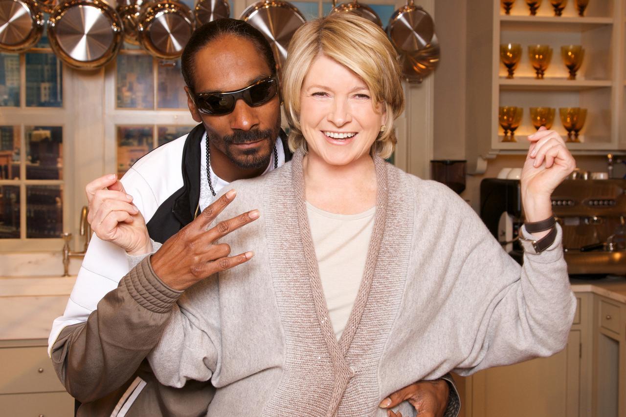 Ein witziges Duo: Stewart und Snoop arbeiteten bereits in der Vergangenheit zusammen. Trotzdem ist die Kochshow ihr erstes ge