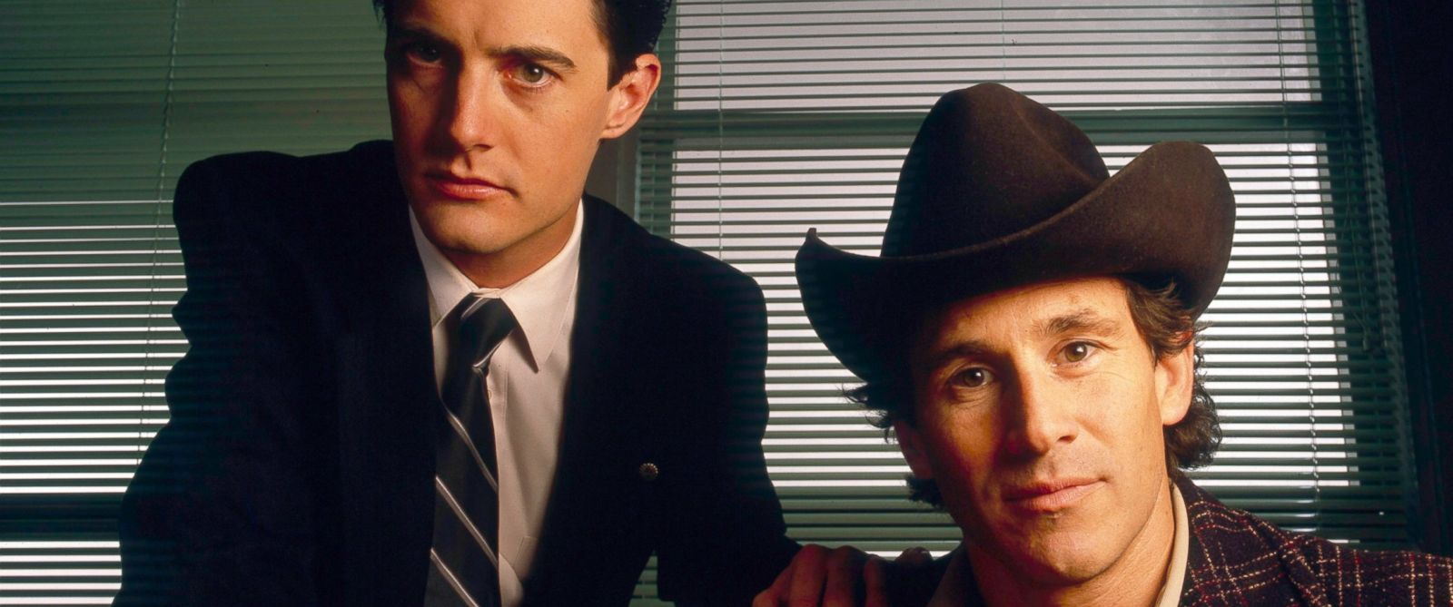 "Special Agent Dale Cooper (Kyle MacLachlan) und Sheriff Harry S. Truman (Michael Ontkean) aus ""Twin Peaks""."