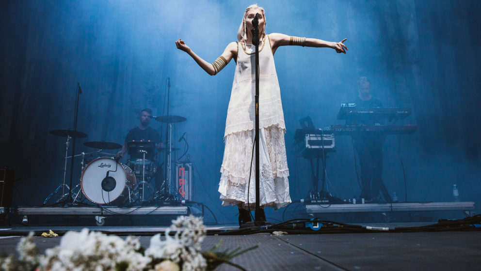 Aurora live beim MS Dockville 2016