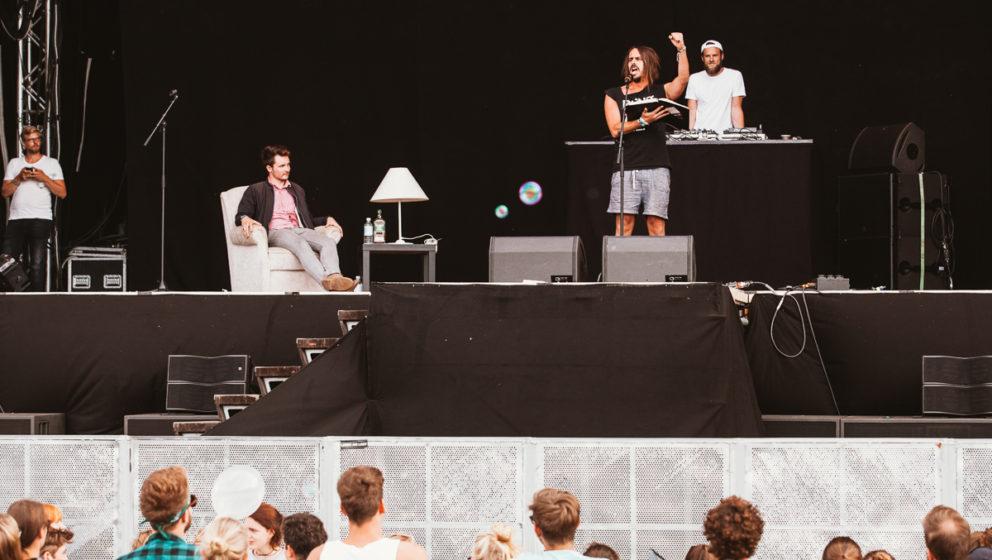 Poetry Slam auf der Großschot-Bühne.