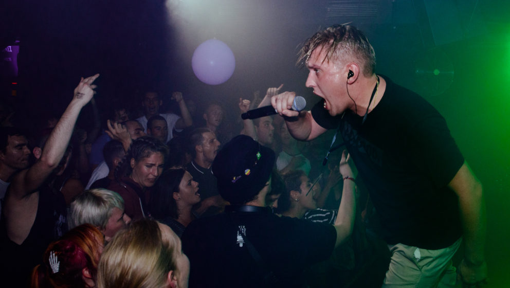 Grim 104 Live 2016 mit Zugezogen Maskulin