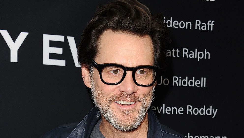 WEST HOLLYWOOD, CA - SEPTEMBER 17:  Actor Jim Carrey attends the Showtime Emmy eve party at Sunset Tower on September 17, 201