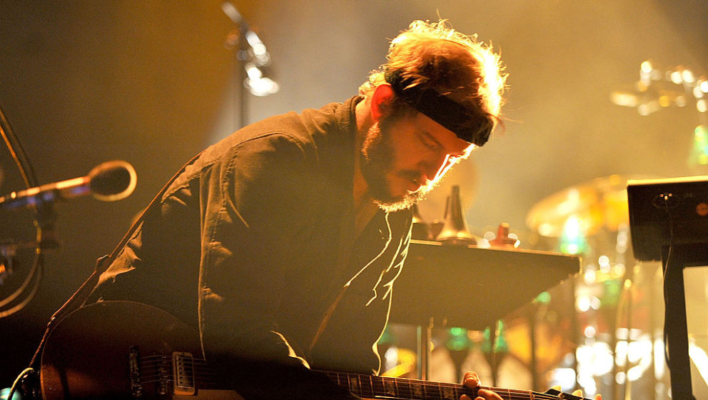 MANCHESTER, ENGLAND - NOVEMBER 09:  Justin Vernon of Bon Iver performs at Manchester Arena on November 9, 2012 in Manchester,