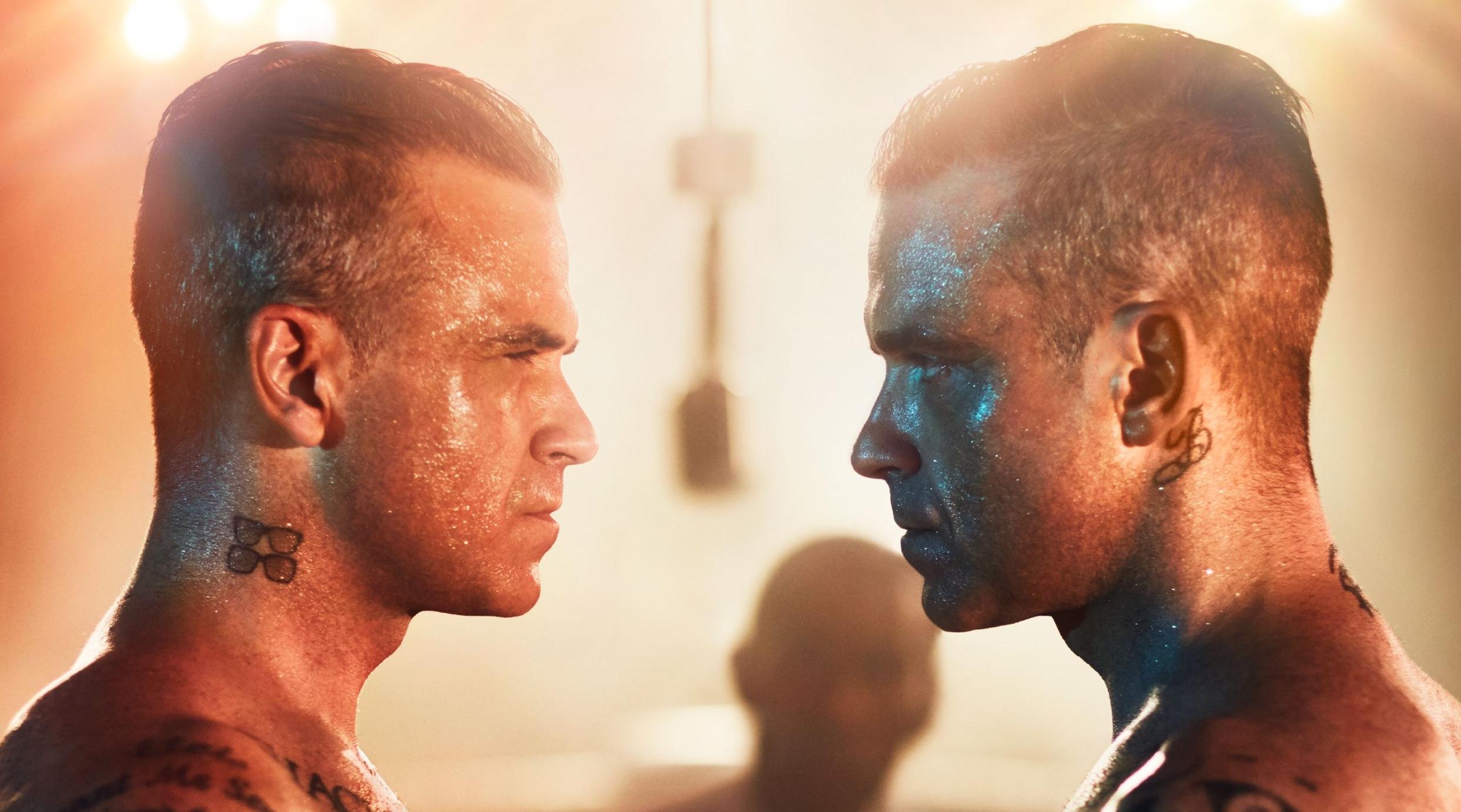 """Steht sich wie im """"Fight Club"""" selbst gegenüber: Robbie Williams auf dem Cover seines neuen Albums HEAVY ENTERTAINMENT S"""