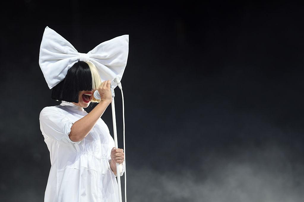 Sia bei ihrem Auftritt auf dem V Festival Ende August in Chelmsford in Großbritannien