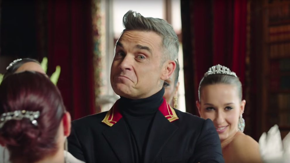 "Robbie Williams im Video zu ""Party Like A Russian"""