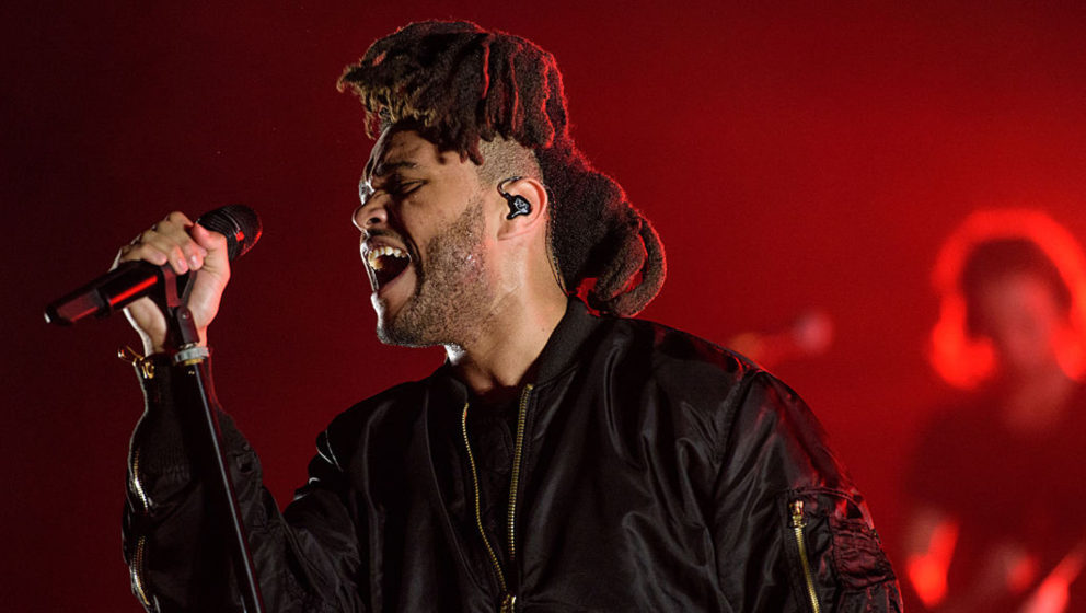 WANTAGH, NY - AUGUST 22: The Weeknd performs live during the 2015 Billboard Hot 100 Music Festival at Nikon at Jones Beach Theater on August 22, 2015 in Wantagh, New York. (Photo by Matthew Eisman/Getty Images)