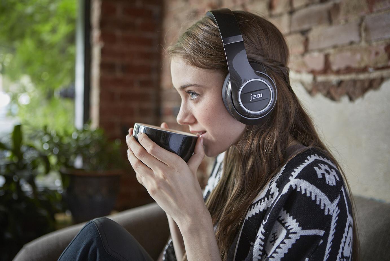 """So schön könnte Euer Leben mit den """"Jam Transit City""""-Kopfhörern aussehen."""