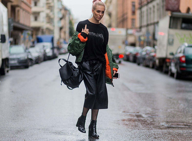 trend-metal-shirt-street-style-01
