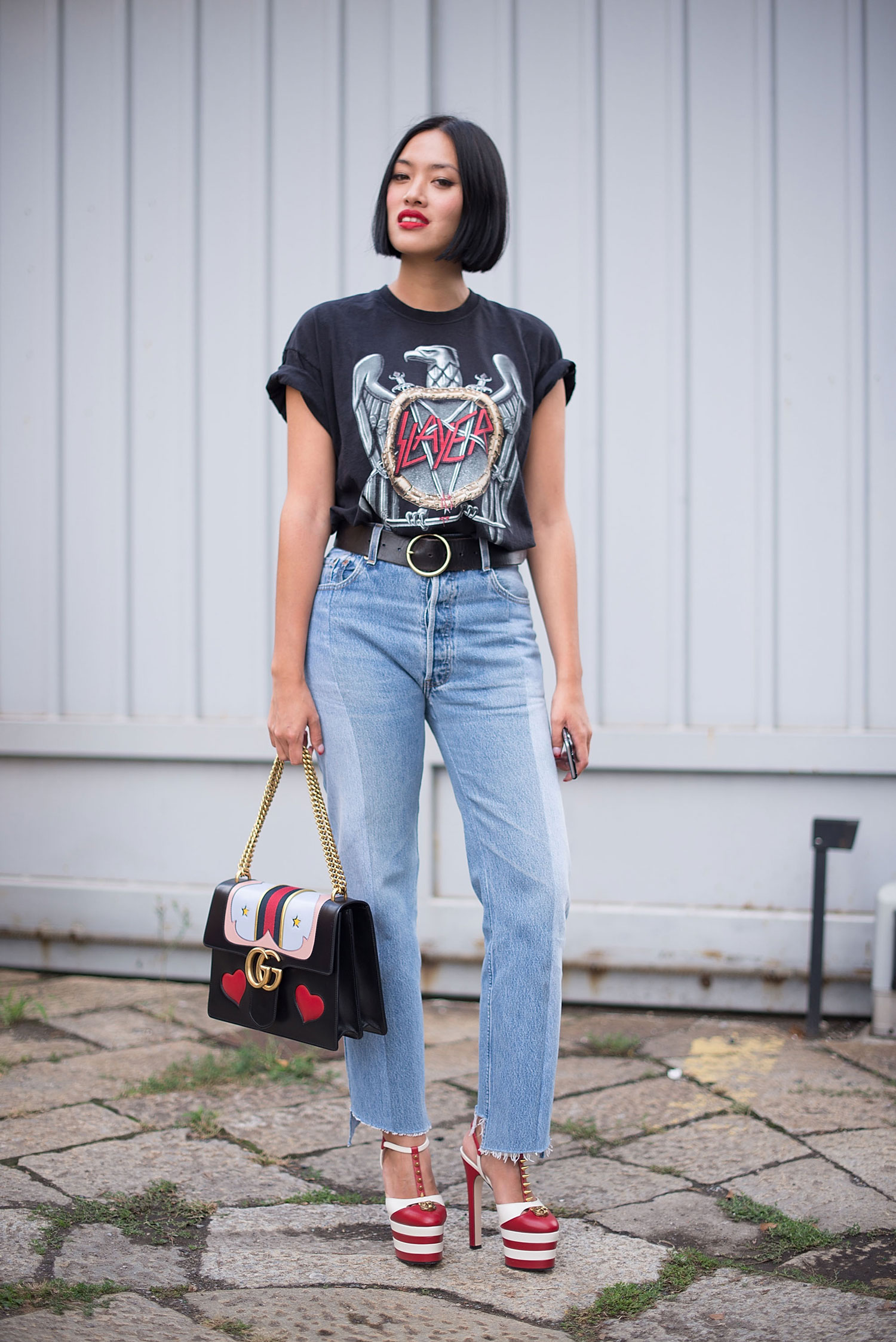 trend-metal-shirt-street-style-02