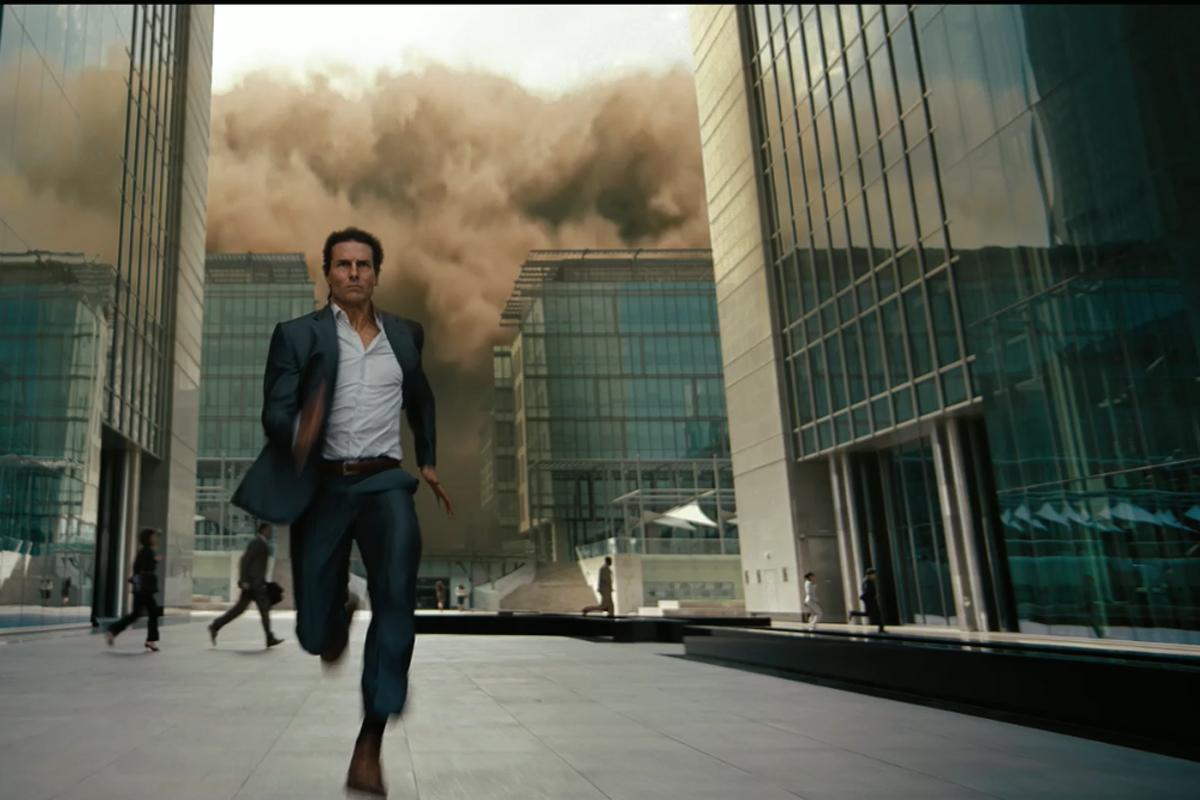 Tom Cruise ist schneller als ein Sandsturm. Und als der Rest der Welt natürlich auch.