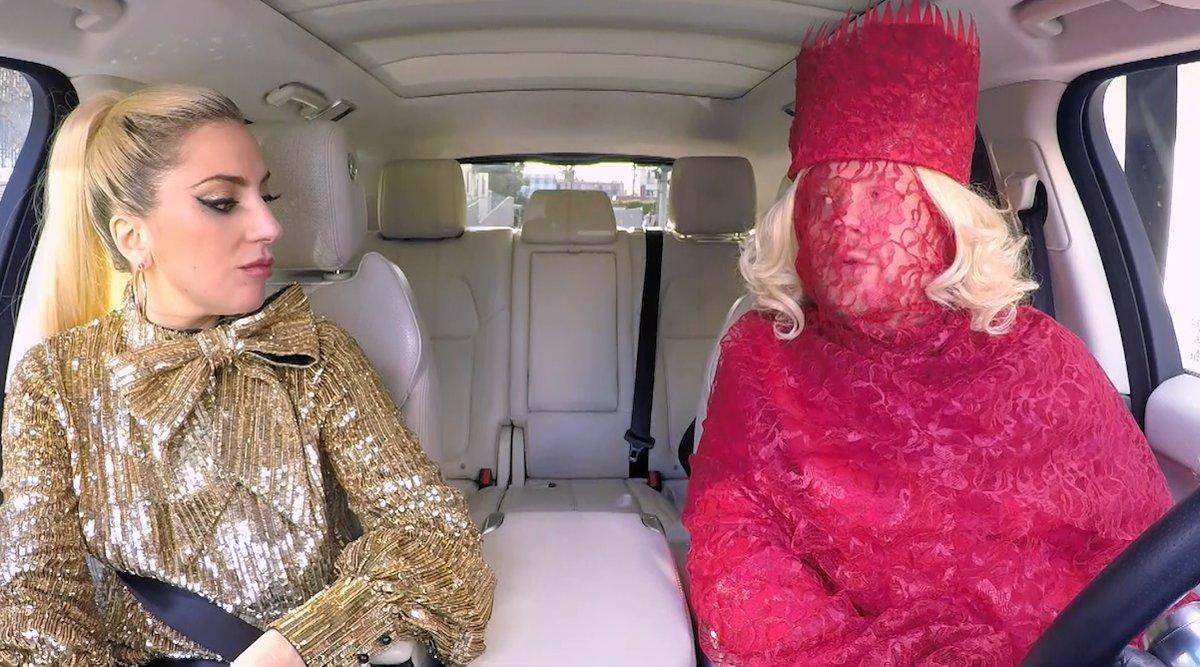 Lady Gaga (links) und James Corden bei der Carpool Karaoke.
