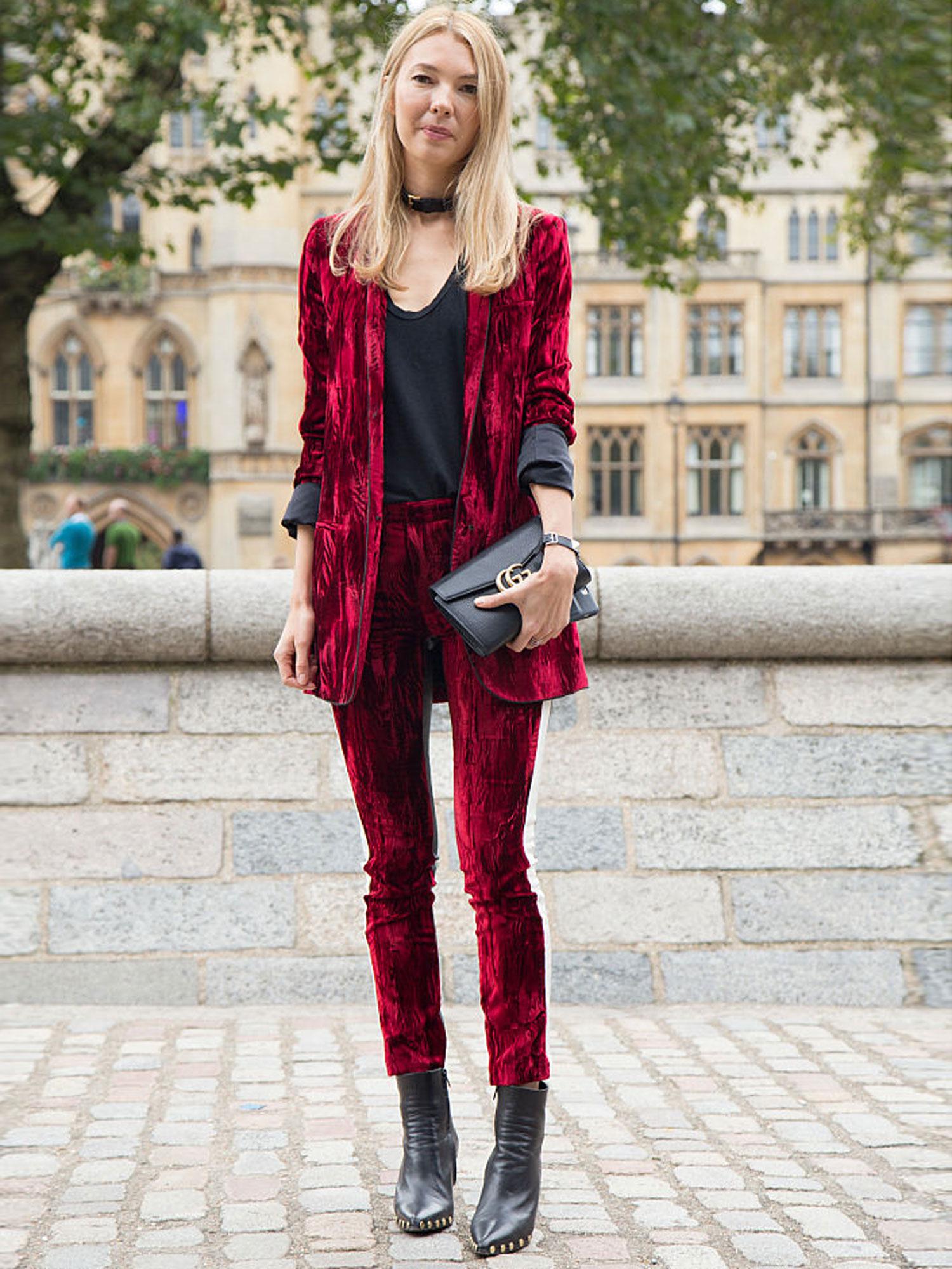 street-style-trend-velvet-samt-anzug