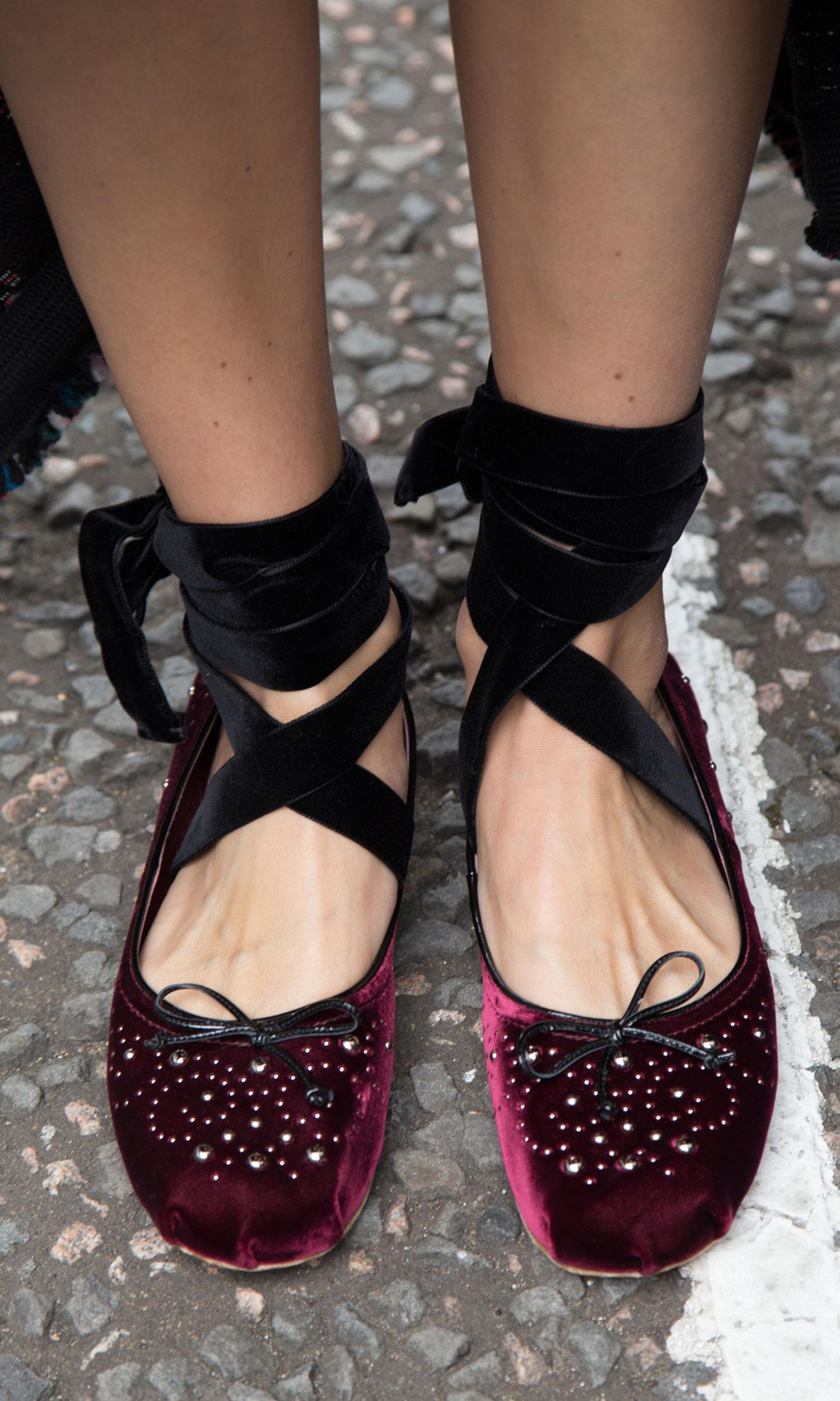 street-style-trend-samt-velvet-ballerinas