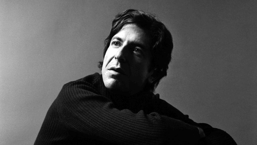 Portrait of singer Leonard Cohen, early 1970s. (Photo by Jack Robinson/Hulton Archive/Getty Images)