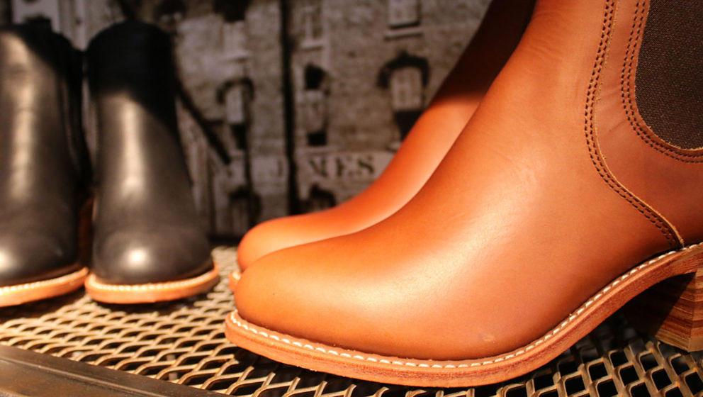schuhe der frauenbewegung ma gefertigte red wing shoes la lady gaga musikexpress. Black Bedroom Furniture Sets. Home Design Ideas