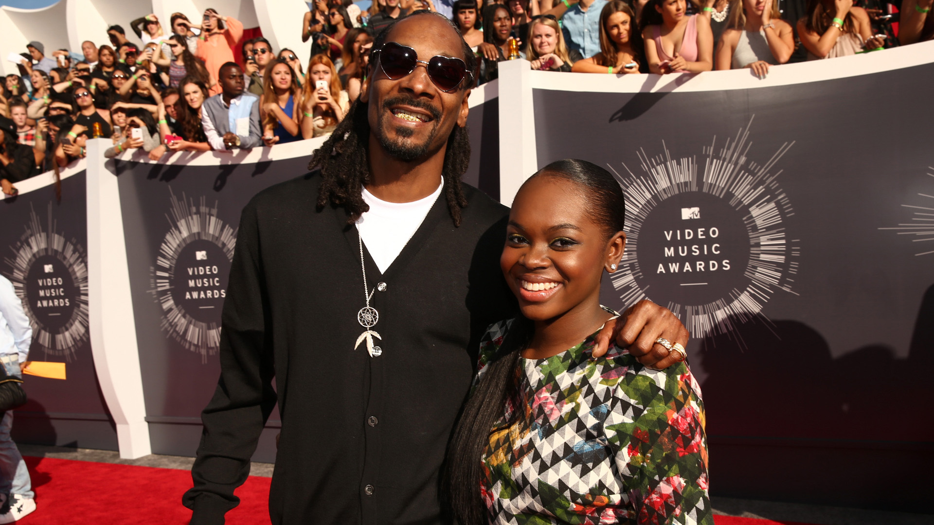 INGLEWOOD, CA - AUGUST 24:  Recording artist Snoop Dogg (L) and Cori Broadus attend the 2014 MTV Video Music Awards at The Fo