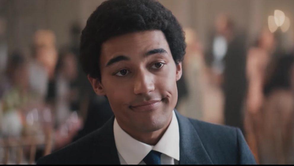 Devon Terrell als Barack Obama.