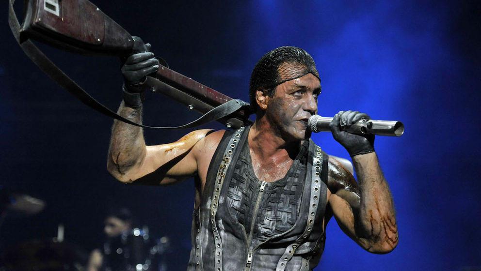 Til Lindemann von Rammstein bei einem Rammstein-Konzert