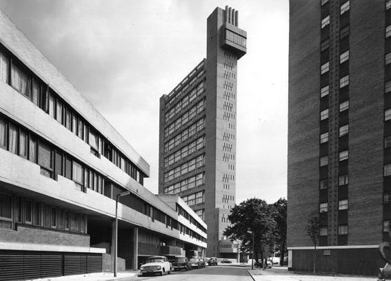 28th June 1972: Trellick Tower, a new tower block of flats, designed by Erno Goldfinger and built in Golborne Road, west London. (Photo by Peter Trulock/Fox Photos/Getty Images)