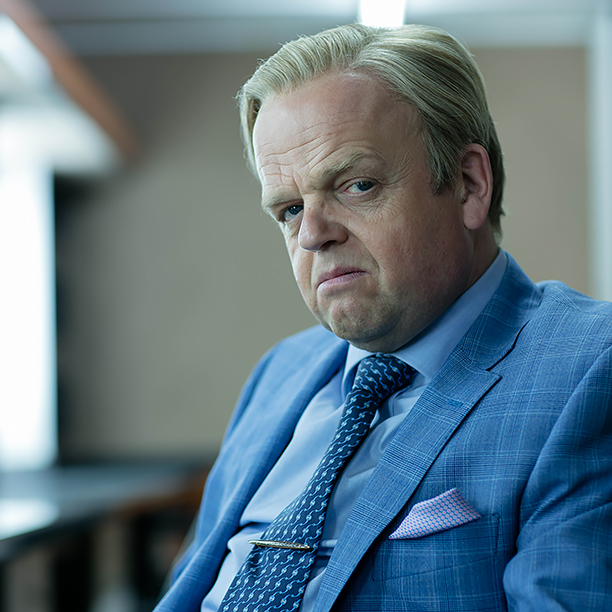 Toby Jones als Culverton Smith.