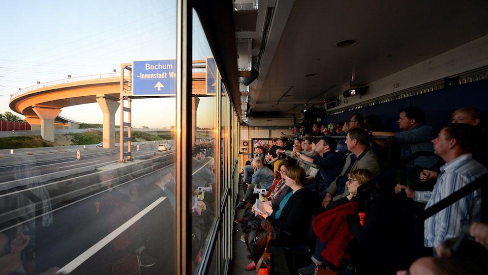 Truck Tracks am Sonntag (11.10.15) in Bochum. Trucks Tracks Ruhr ist ein Projekt von Rimini Protokoll und Urbane Künste Ruhr.