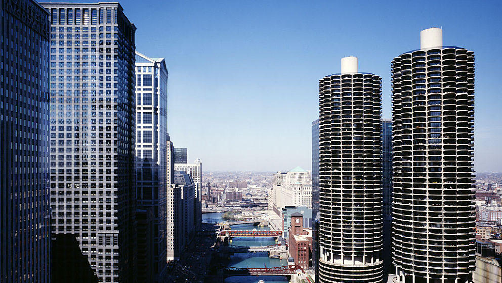 UNITED STATES - JULY 19: Marina city overlook, Chicago, Illinois (Photo by Carol M. Highsmith/Buyenlarge/Getty Images)