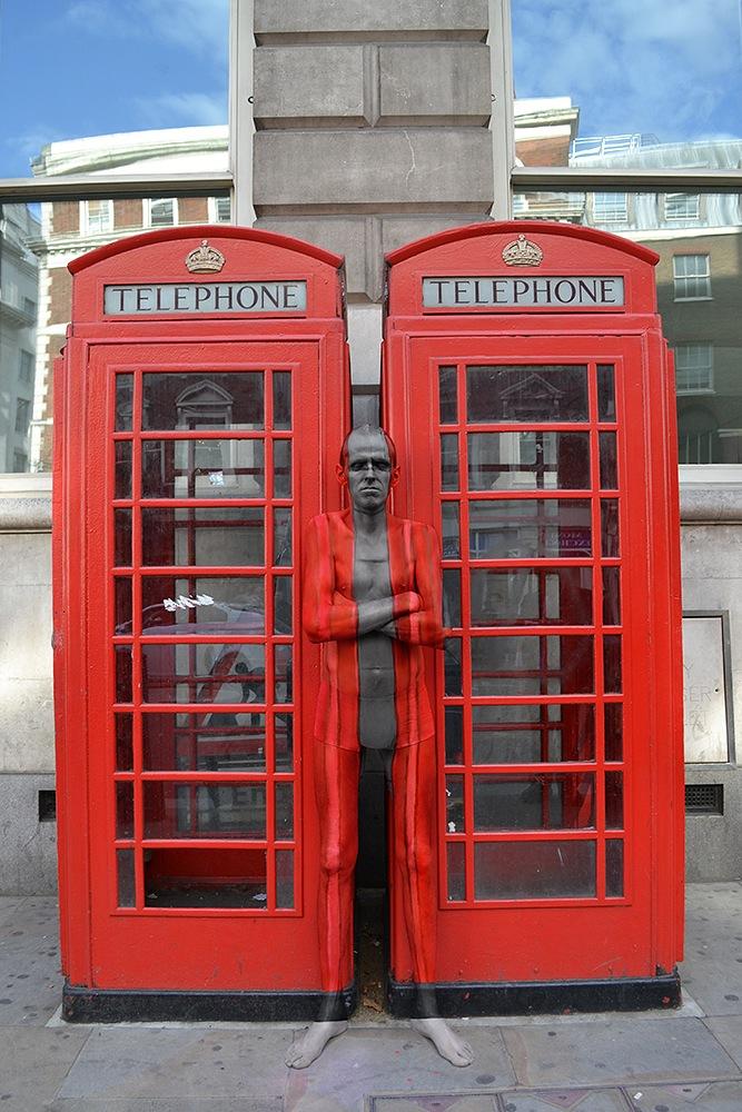 london-telefonzelle-nackt-body-painting