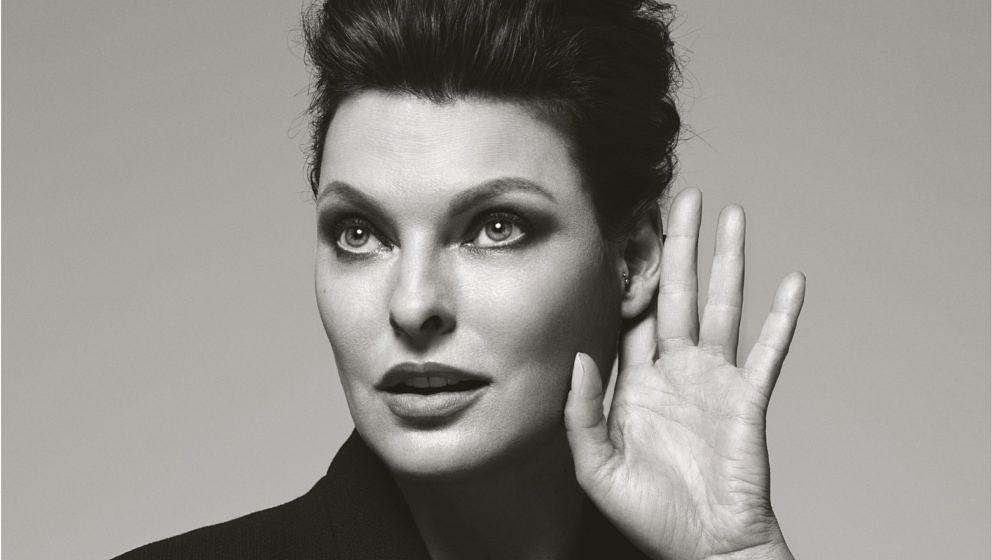 "Linda Evangelista im ""Hear The World""-Kalender von Bryan Adams."
