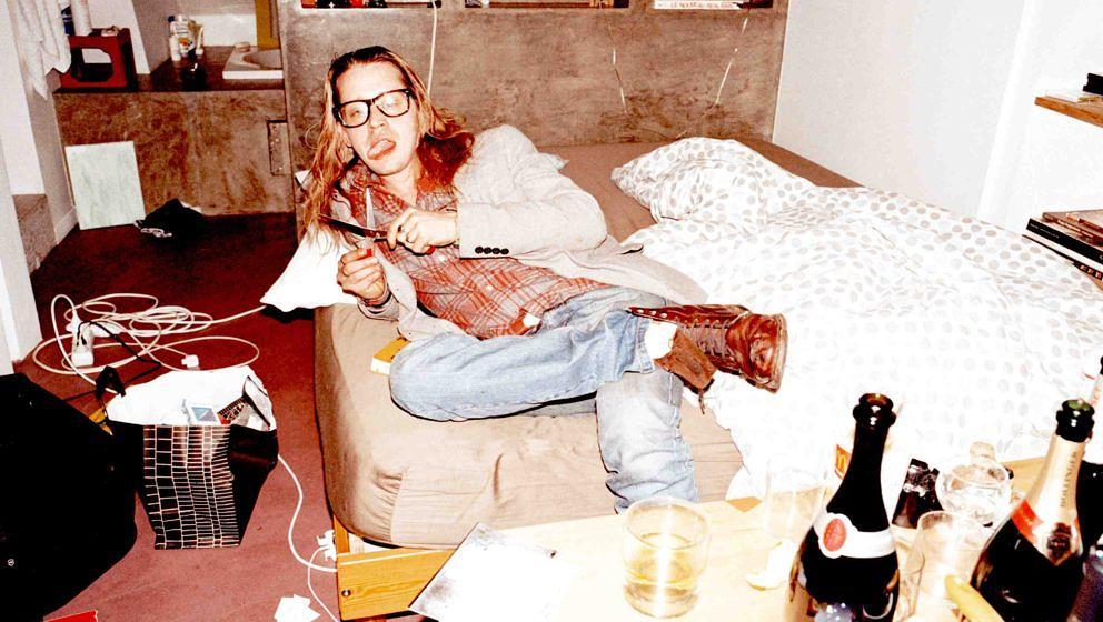 Macaulay Culkin, 26 Jahre nach 'Kevin – Allein zu Haus' in seiner Pariser Wohnung.