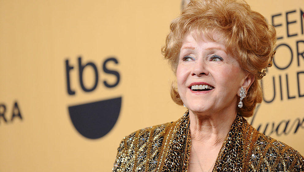 LOS ANGELES, CA - JANUARY 25:  Actress Debbie Reynolds poses in the press room at the 21st annual Screen Actors Guild Awards