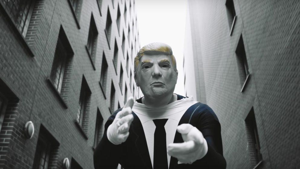 Donald Trump im Video von Bass Sultan Hengzt