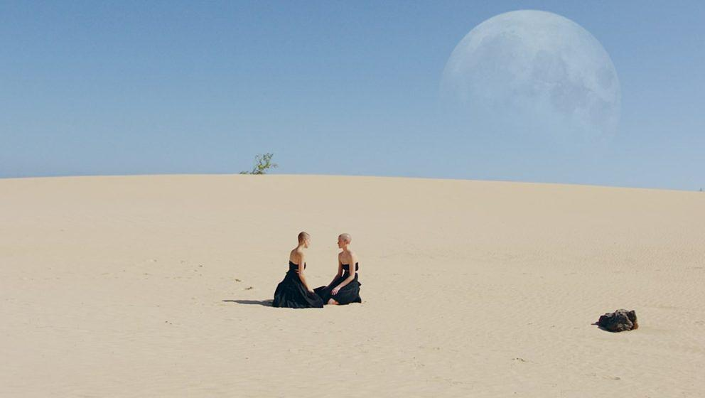 "Video-Still aus dem neuen Goldfrapp-Video zu ""Anymore"""