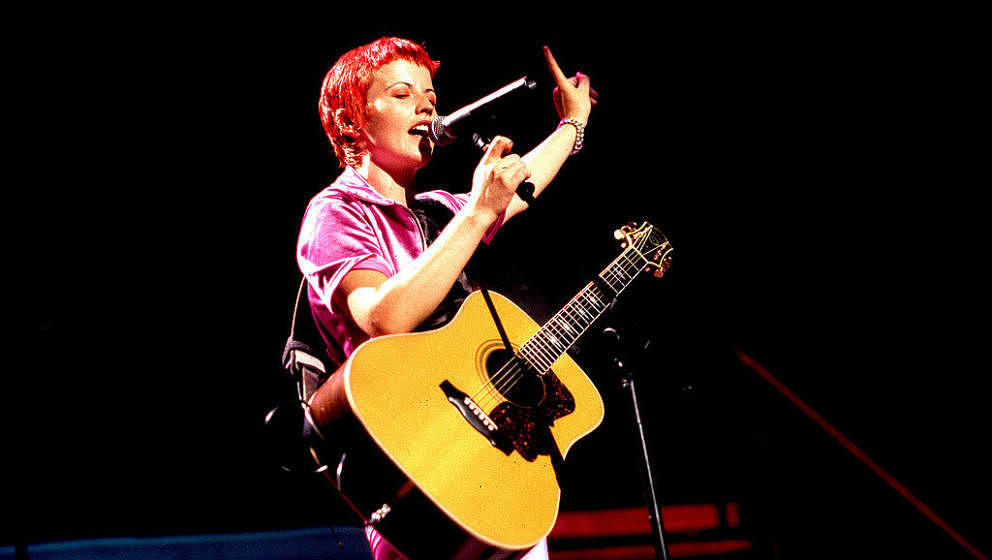 Dolores O'Riordan mit The Cranberries live am 24. August 1995 in Chicago