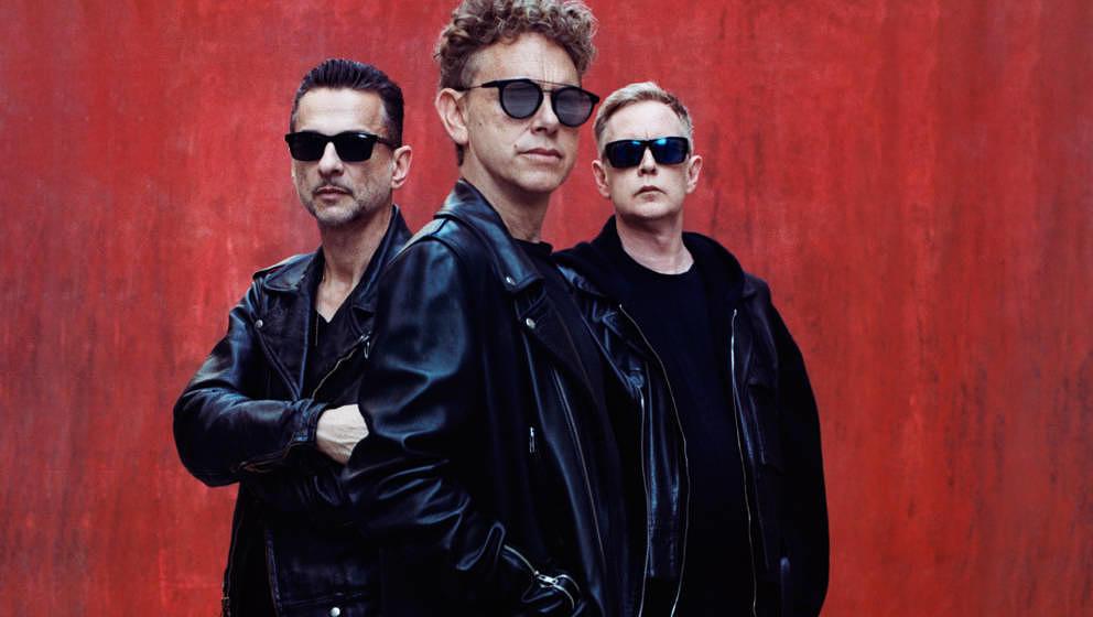 In SPIRIT bringen Depeche Mode nochmal alles zusammen: Kraftwerk-Worshipping, EBM-Noise, ihre Idee vom Blues und sogar dieses