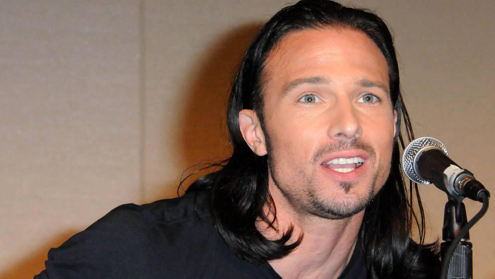 PASADENA, CA - AUGUST 19:  Actor Ricardo Medina Jr.  participates in the 2012 Power Morphicon 3 held at the Pasadena Conventi