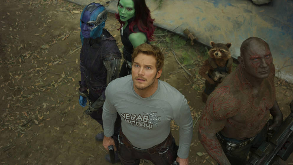 Guardians Of The Galaxy Vol. 2..L to R: Nebula (Karen Gillan), Gamora (Zoe Saldana), Star-Lord/Peter Quill (Chris Pratt), Gro