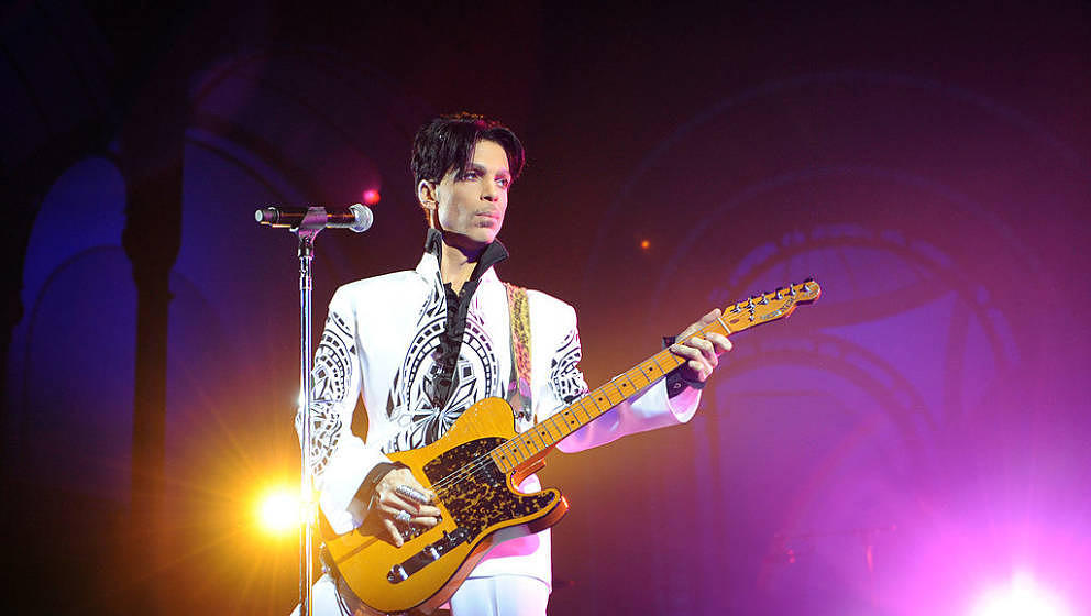 US singer Prince performs on October 11, 2009 at the Grand Palais in Paris. Prince has decided to give two extra concerts at