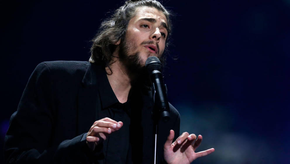 KIEV, UKRAINE - MAY 13:  Singer Salvador Sobral, representing Portugal, performs the song 'Amar Pelos Dois' during the final