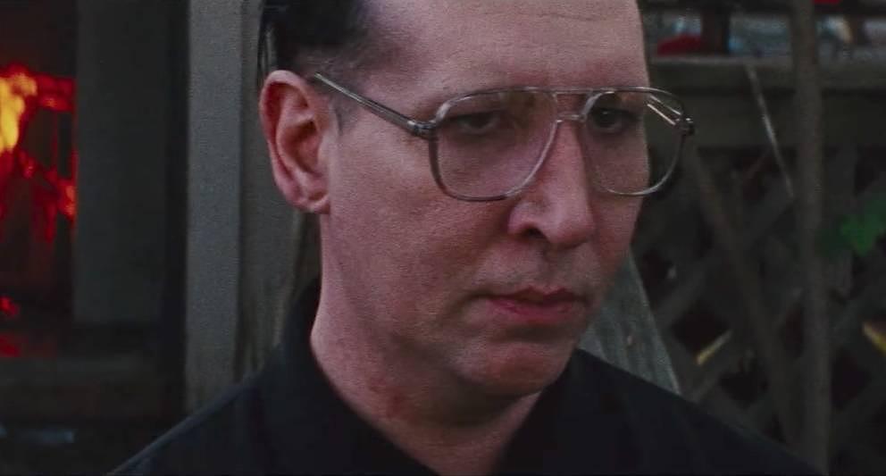 "Marilyn Manson als ""Pope""."