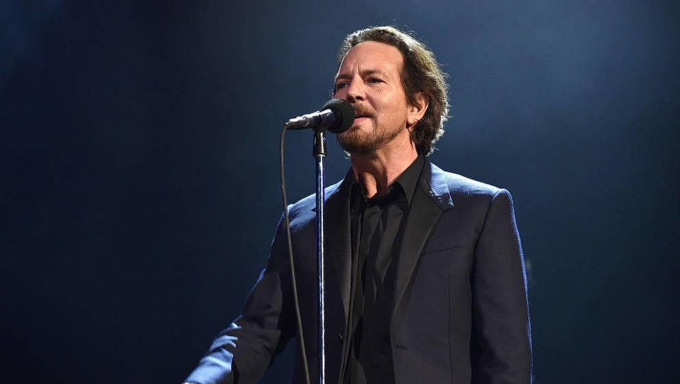 NEW YORK, NY - APRIL 07:  Inductee Eddie Vedder of Pearl Jam performs onstage during the 32nd Annual Rock & Roll Hall Of
