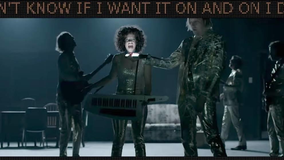 """Szene aus Arcade Fires neuem Video zu """"Creature Comfort"""""""