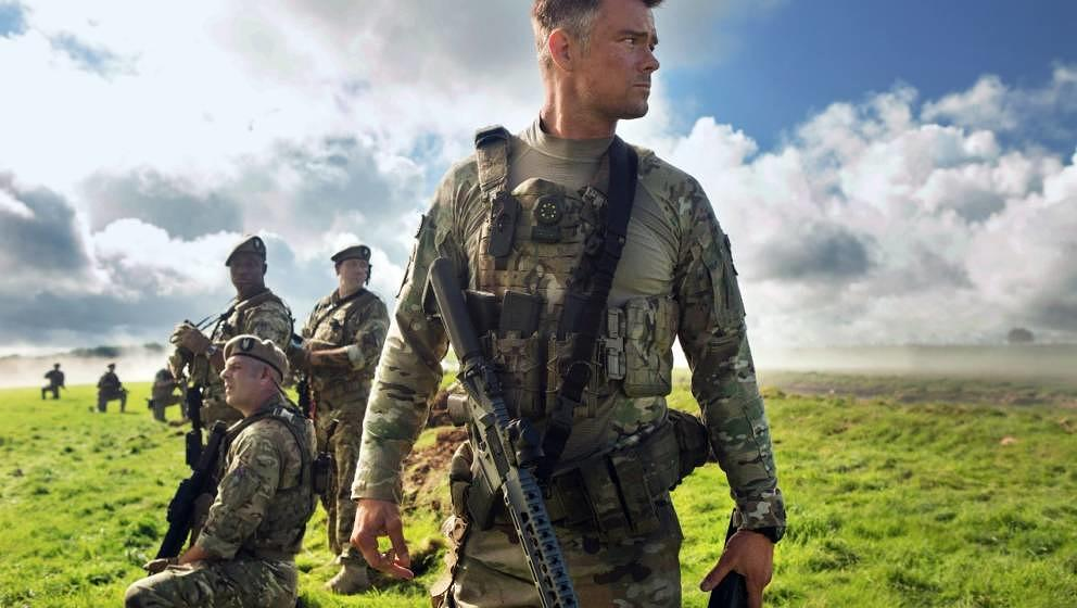 Soldaten unterstützen Mark Wahlberg und Optimus Prime bei der Rettung der Welt