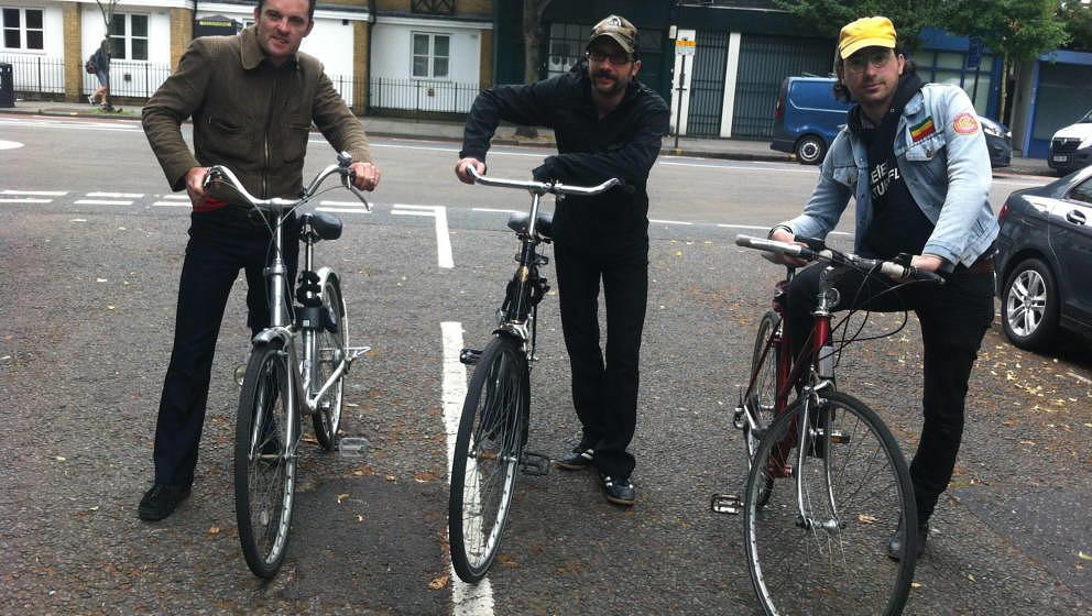 Geht es offenbar ganz entspannt an: das Lunsentrio mit Nick McCarthy (links)