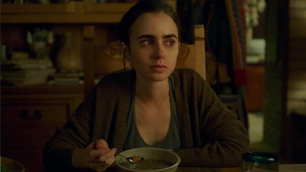 "Lily Collins spielt in ""To The Bone"" Ellen, die an Magersucht leidet."